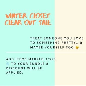 Winter Closet Clearout!! New Markdowns 3/$20 ❄️